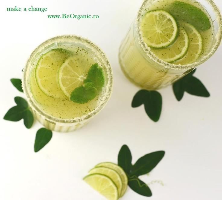 Bautura cu Limes & Ghimbir in sirop de la www.BeOrganic.ro