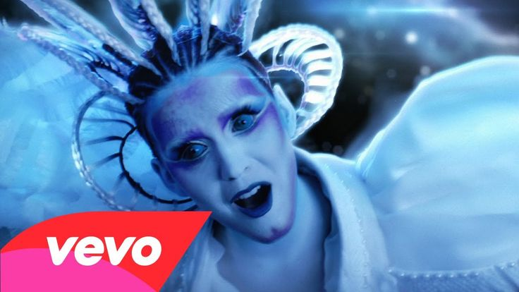 Katy Perry - E.T. ft. Kanye West--love the makeup and visual effects in this video. love the song too
