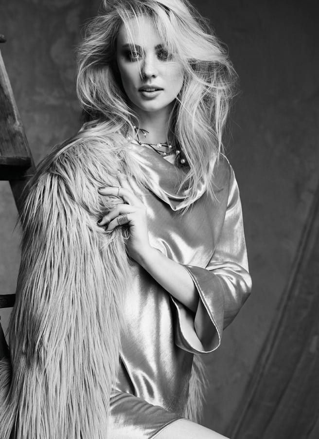 Vampire Diaries and Daredevil Star Deborah Ann Woll Looks Beyond Gorgeous In Glow Magazine — moviepilot.com
