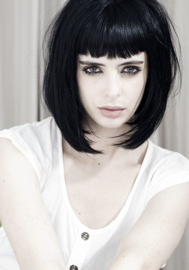 Krysten Ritter- short bob with blunt bangs