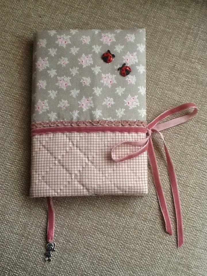Costura con café Altered notebook. Notebook. Cuaderno decorado. Libro alterado. Book.