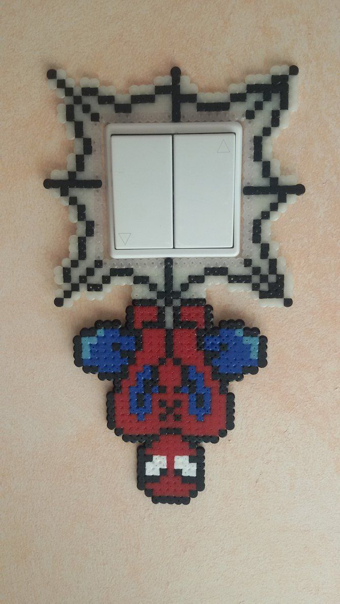 beads perler SPIDERMAN switch by groslip1255