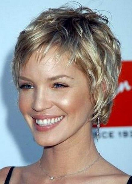 short hair images | ... in this hair style she adopted the cute and layered hair style at the