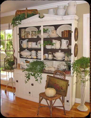 A hutch to die for!: Display Cabinets, Dining Rooms Furniture, China Cabinets, Bungalows Cottages, Wood Shelves, Green Plants, House Plans Layouts Ideas, Chelg8 Jpg Photo, Rooms China