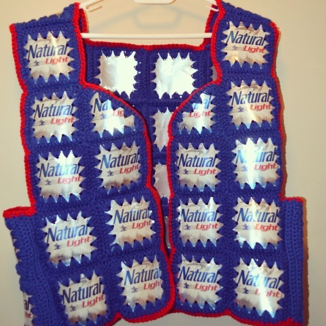 Crocheted Natty Light Beer Can Vest Brewedcrafts Pinterest