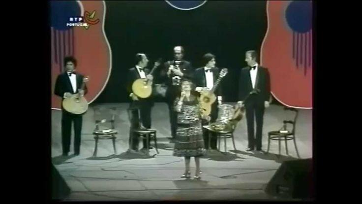 """AMÁLIA canta na  """" GRANDE NOITE DO FADO  """" Coliseu Lisboa 1982"""