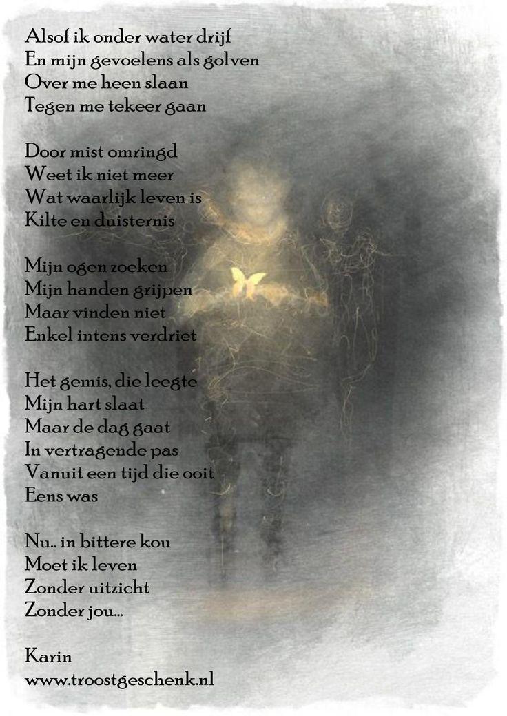 """www.troostgeschenk.nl  Wanneer leegte en gemis hun intrede doen, dan lijkt het alsof de wereld zich in mist hult en dat de dag zich niet meer met warmte vult.  """"Zonder jou.... is het moeilijk""""."""