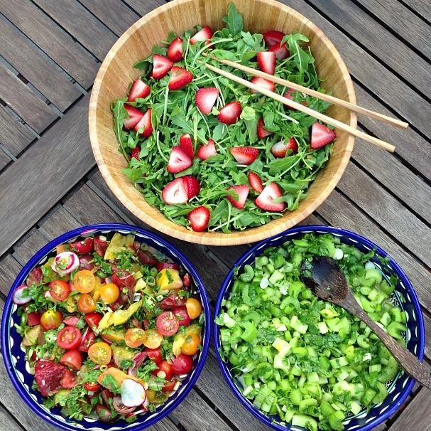 Dynamic Orange Tomato Dressing Video Raw Vegan Recipe: Arugula With Strawberries, Heirloom Tomato Salsa And