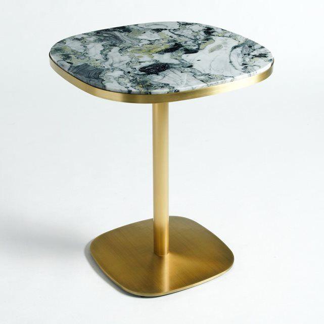La table Lixfeld. L'iconique table de bistrot revue et modernisée avec son plateau en marbre se mariant très bien avec son piètement effet laiton.Caractéristiques : - Plateau en marbre vert, gris et blanc. Chaque pièce est unique, les marbrures sont plus ou moins marquées.- Piètement en métal finition effet laiton vieilli- Prête à monter, notice jointeDimensions : - Ø60 x H70 cmDimensions et poids du colis : - L71 x H10 x P71 cm, 16,3 kg et L79,5 x H10 x P69,5 cm, 18,12 kgLivraison chez vous…