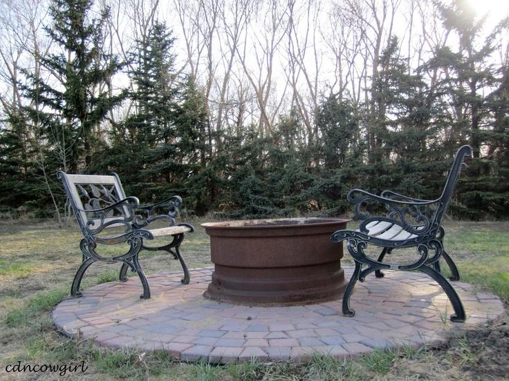 Fire pit   Garden Ideas   Pinterest