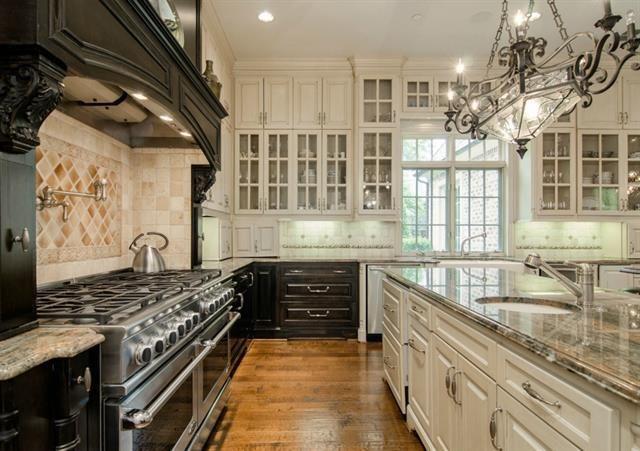 10332 Woodford Dr Dallas Tx 75229, Kitchen Cabinets Dallas Texas