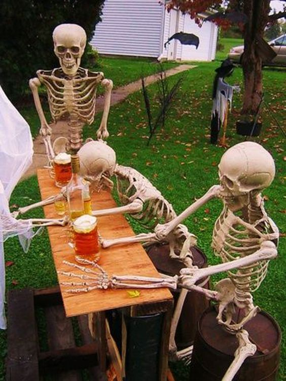 15 best diy halloween decorations halloween yard decorationsideas - Halloween Yard Decoration Ideas