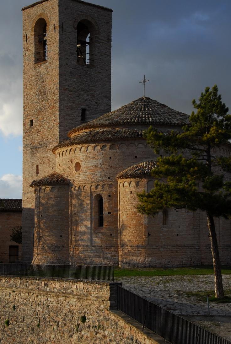Pievebovigliana - Chiesa di San Giusto a San Maroto