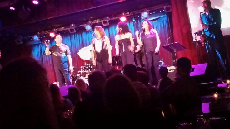 Gary Bonds on stage