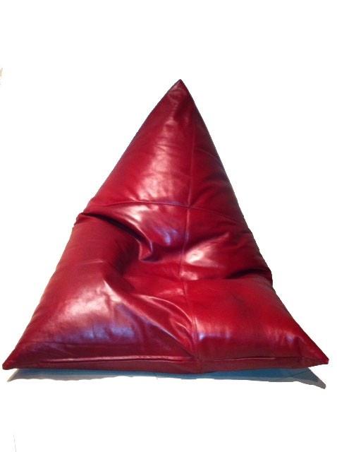 Εκπληκτικο Vintage Poof,θα δωσει εναν αλλο αερα στο καθιστικο σας,στο δωματιο σας,στην πισινα η οπου αλλου θελετε να το χρησιμοποιησετε!Κατασκευασμενο απο vintage δερμα υψηλης ποιοτητας!*Χρονος παραδοσης 1 εβδομαδαΔιαστασεις 170cm*70cm  http://www.john-andy.com/john-andy-home/john-andy-poof-vintage-skin.html