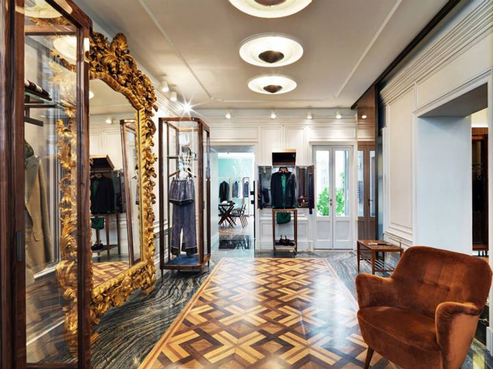 Good Neoclassicism And Luxury Displayed In The New Dolceu0026Gabbana Milan Store