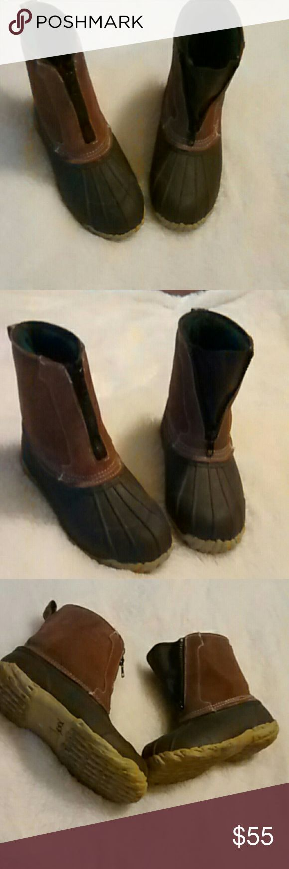 RedHead Thinsulate 200 Rain/Snow Boots These are very nice. Redhead boots thinsulate 200 gram. In great condition.  Size 6. Bought at Bass Pro they are a man but I wore these. I wear a women's 7-8.  Any questions please feel free to ask. Offers Welcome Happy Poshing! RedHead Shoes Rain & Snow Boots