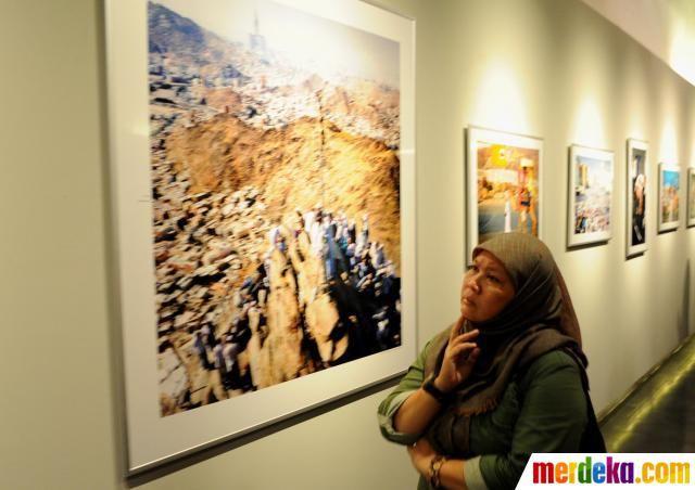Buku dan pameran foto tersebut berisi perjalanan keduanya saat melakukan tugas jurnalistik di Kota Makah.