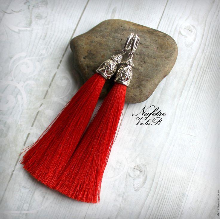 Купить Серьги кисти шелковые длинные красные, серьги-кисти яркие - ярко-красный