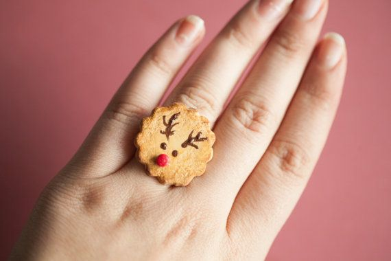 Rudolph Reindeer Cookie Ring /Dollhouse MIniature/ by Ilianne