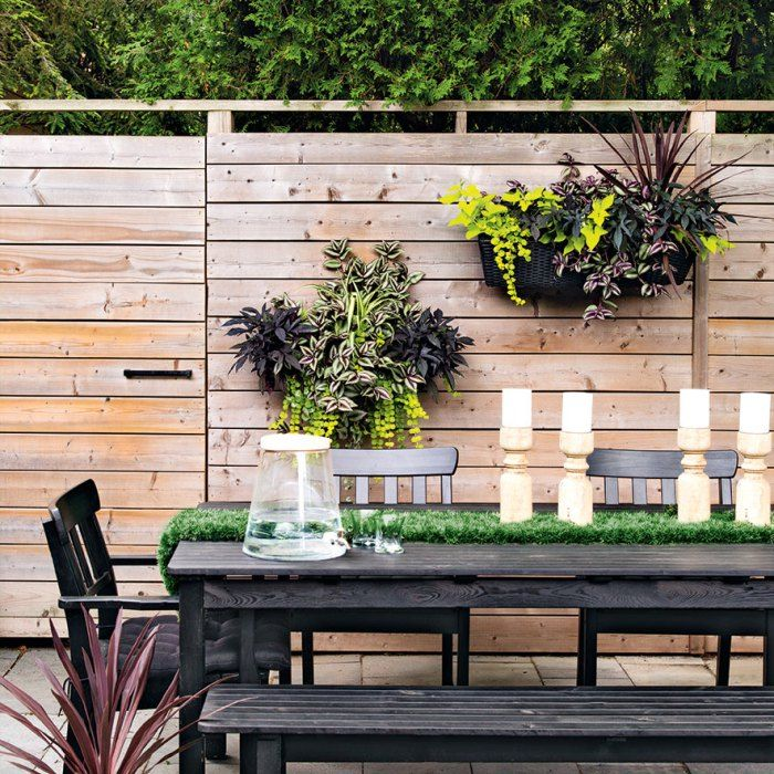 Gardening+For+Beginners+-+wall+hanging+planters+on+fence
