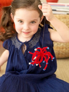 fireworks crafts for kids made with pipecleaners. how cute!