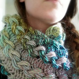 Braided Hairpin Lace Infinity Scarf by B.hooked Crochet - free crochet pattern.