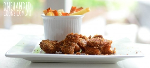 Popcorn Chicken the healthy way. These will be hard to resist #onehandedcooks