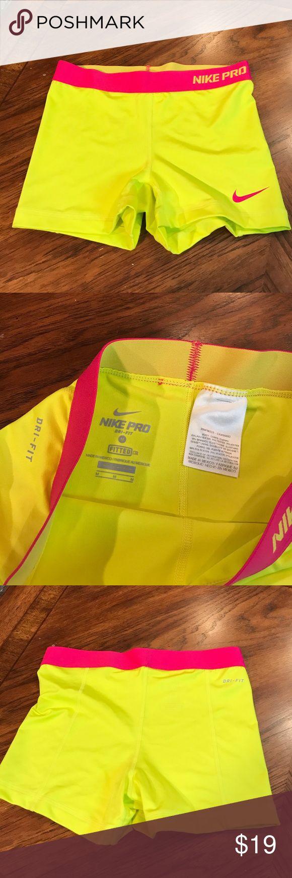 "Nike Pro szM spandex 3"" inseam spandex shorts... Excellent used condition Nike Pro szM spandex 3"" inseam spandex shorts... Nike Shorts"