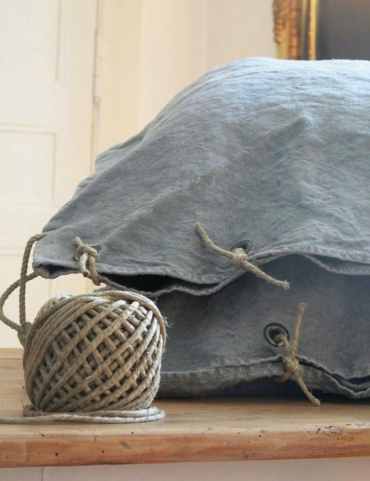 DIY: French Grain Sack Pillows from La Source d'Angèle