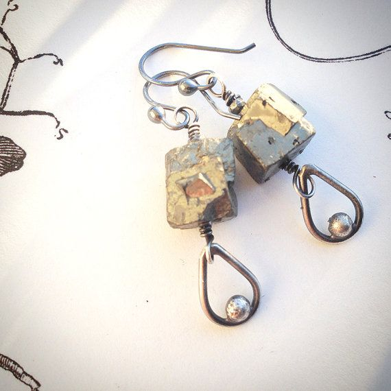 Litte rock ... earrings with cool pyrite bead and by MONOtekst
