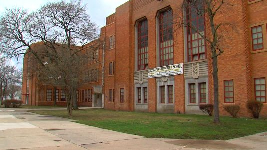 Persian High School in Detroit | Detroit's Pershing High School is known for athletics, not academics ...