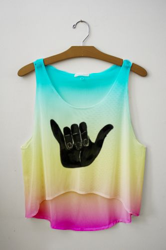 gimmie: Fresh Tops, Outfits, Woman Fashion, Dreams Closet, Crop Tops, Clothing, Hanging Loo, Loo Tanks Tops, Hangloo