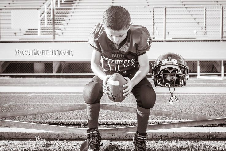 Sports Photography | Children Photography | Football | Football Uniform | Little League Football | Cardinals | Black & White | Football Field | RGV Photographer