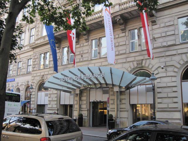 Toplage direkt am Schottenring im 1. Bezirk: Hotel de France (Bj. 1872) #Wien