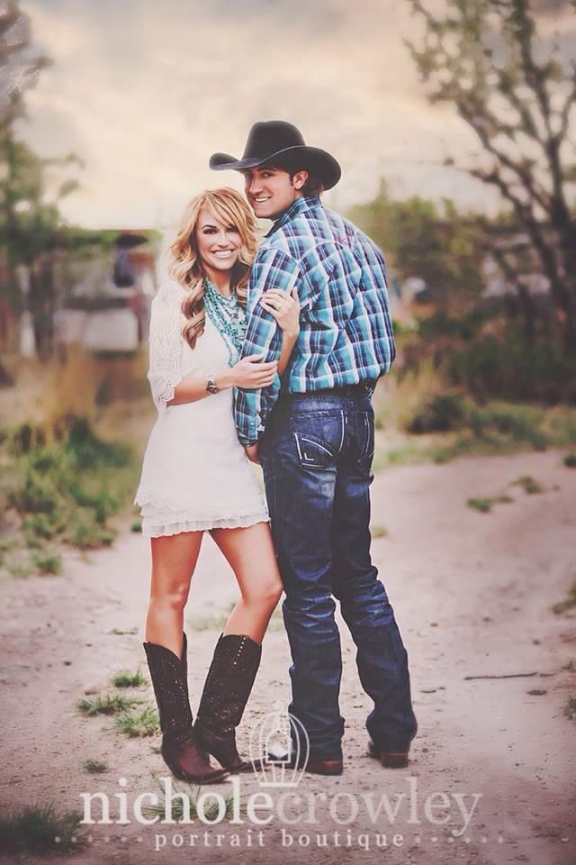 Former Miss Rodeo America to wed PRCA Tie-Down Roper in Las Vegas before the 2014 WNFR.Chenae and Stetson engagement photo