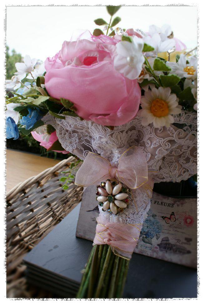 wedding bouquet for Michelle - handtied cottage garden and wildflower heirloom bouquet