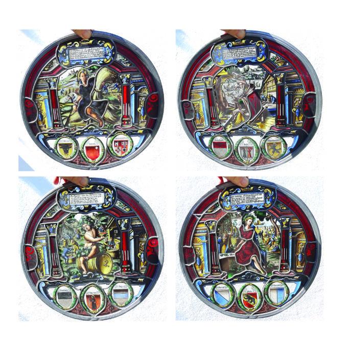4 ronde voorsprong glazen schijven 'Walter Jäggli' - Four Seasons - ca 1895  4 ronde voorsprong glazen schijven 'Vier jaargetijden' ca 1895-Geschilderd door de beroemde glasschilder Walter JäggliZwitserland geboren in Winterthur 1862 - stierf in Brugg 1925-Disc diameter: 34 cm-3 schijven hebben gebroken glas maar dit niet ten koste gaan van het schilderij.-Zeer mooie ingewikkelde schilderijen gebaseerd op oude motieven-Worden verzonden als een A-sized pakket (tot 5kg) met aangetekende…