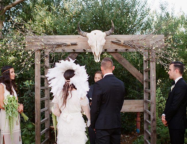 Outdoor Woods Wedding Ceremony: Best 25+ Woods Wedding Ceremony Ideas On Pinterest