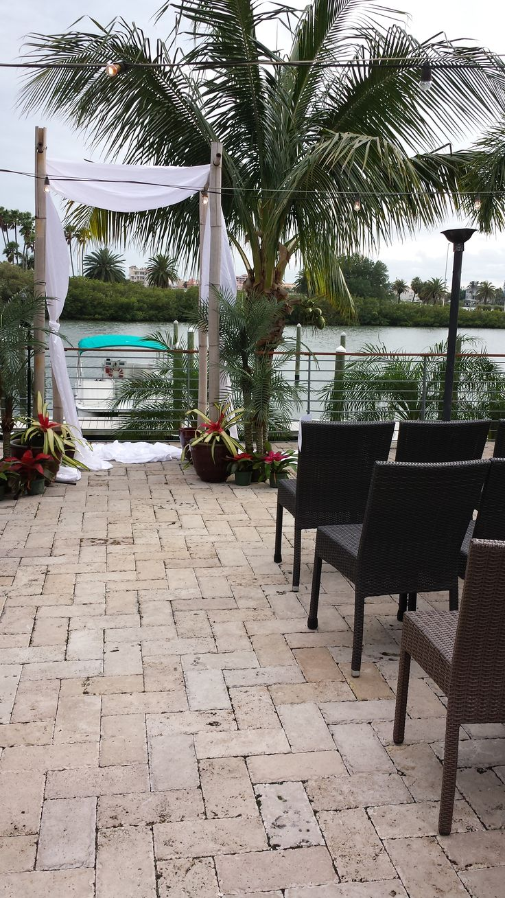 Island Way Grill Clearwater Beach Patio Area For A Beautiful Wedding Non Denominational