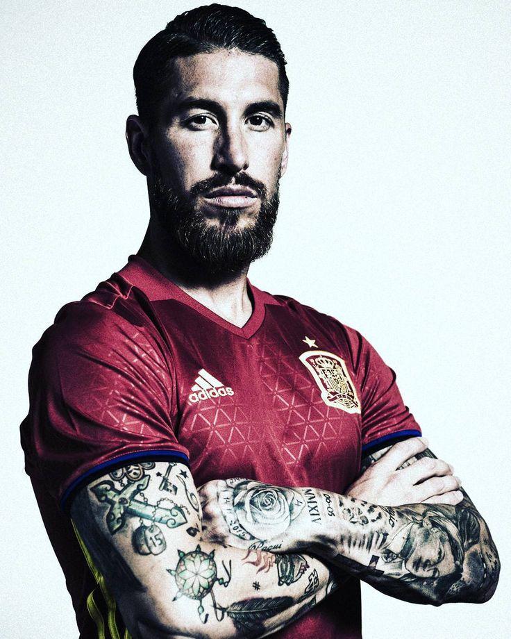 uefaeuro @sefutbol star Sergio #Ramos . #EURO2016  @sr4oficial #Spain