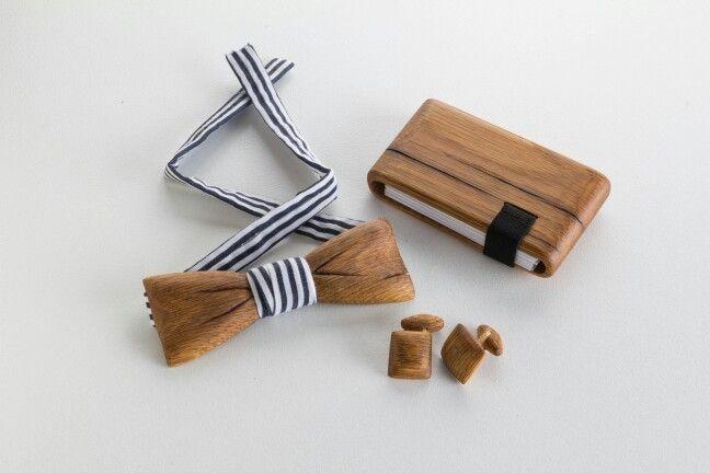 oak wood wallet + bowtie + cufflink set