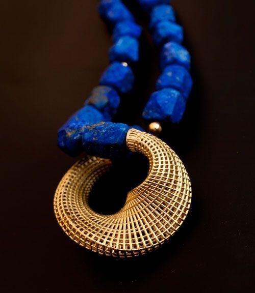Hella Ganor - Lapis & gold.
