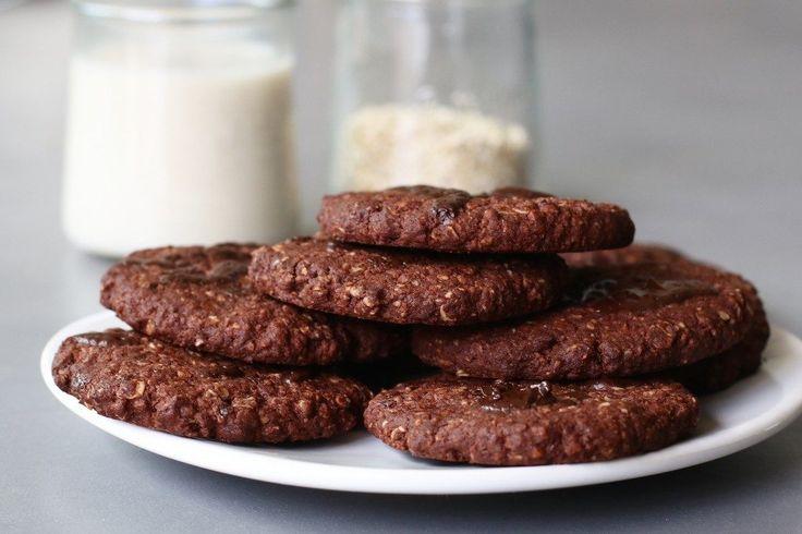 Chocolade havermoutkoeken, Glutenvrije koekjes bakken, Glutenvrije tussendoortjes, Glutenvrije chocoladekoeken, Koekjes boekweit, Chocolade boekweit boeken, Glutenvrije foodblogs, Recepten met boekweit, Beaufood recepten