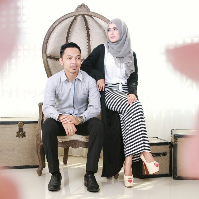 Prewedding Hijab Monochrome