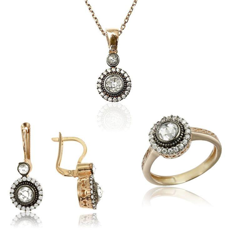 Set argint inconjurat cu cristale Cod TRSS056 Check more at https://www.corelle.ro/produse/bijuterii/seturi-argint/set-argint-inconjurat-cu-cristale-cod-trss056/