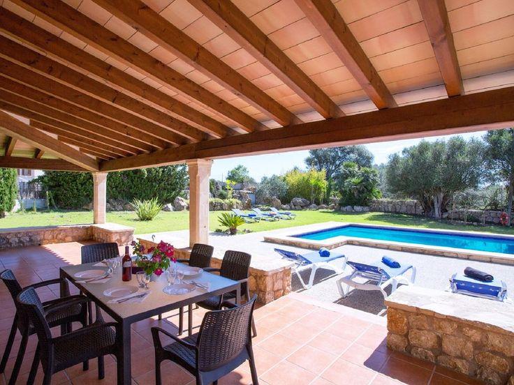 Preciosa casa con piscina privada para 7 personas en las Islas Baleares.