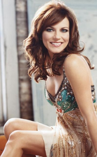 Martina McBride - Been told I look just like her so.... might as well try the color?