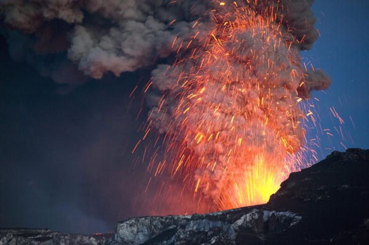 أروع لحظات ثورات البراكين وأكثرها إذهال ا ساسة بوست Volcano Photos Volcano Spectacular Images