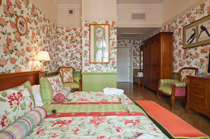 DeLuxe Room no. 304  Book now on: http://www.palacbonerowski.com/accomodation-page-73162  #krakow #travel #thebonerowskipalace #historichotelsofeurope #boutique #object #poland #luxury